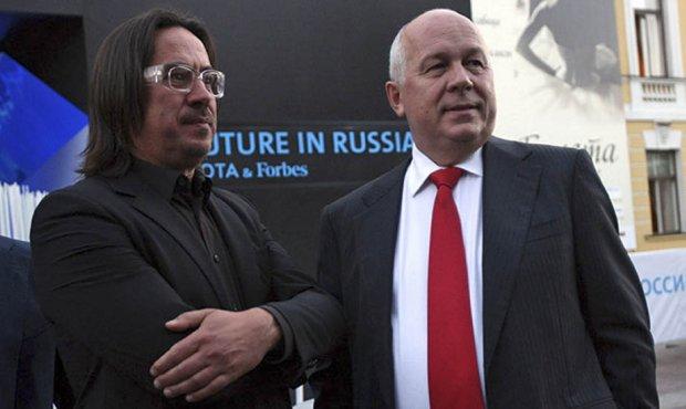 Сергей Адоньев (слева) и Сергей Чемезов (справа). Фото © og.ru
