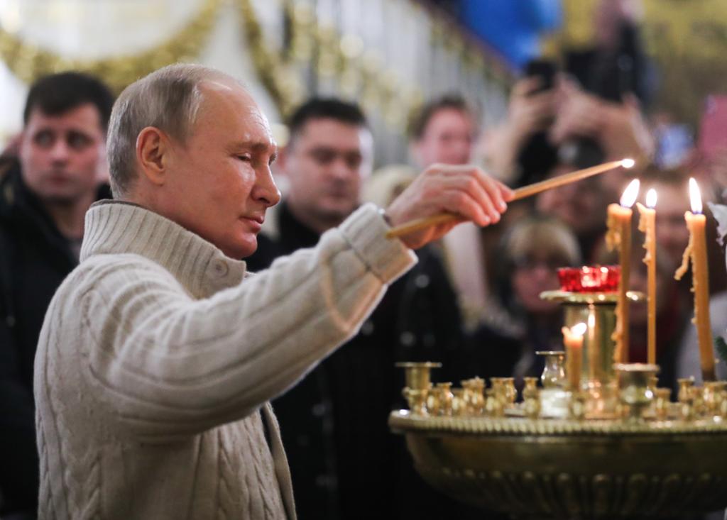 Путин примет участие в пасхальной службе