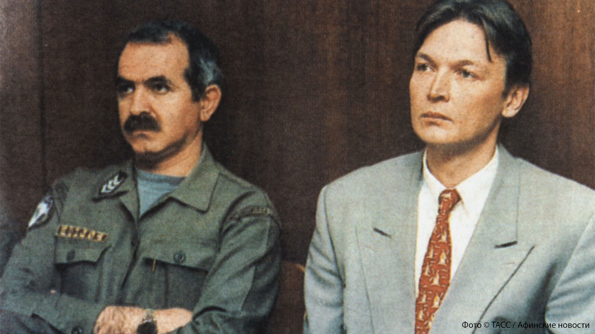 """<p>Осуждённый Андрей Козленок (на снимке справа). Фото © ТАСС / """"Афинские новости""""</p>"""