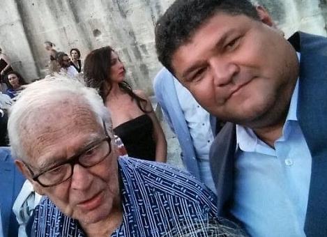 Братья Хусаиновы: семьянин Вадим (справа) дружит с 98-летним Пьером Карденом. Фото ©vk.com/vadimkhusainov