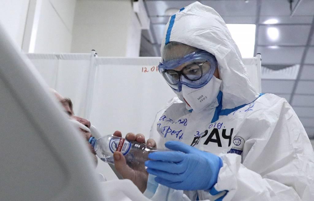 Учёные назвали две самые заразные мутации ковида в России