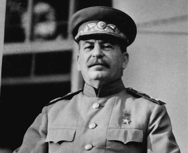 <p>Мы решили назначить вас, товарищ Пересыпкин, народным комиссаром связи Союза ССР. Каково ваше мнение на этот счёт?</p>