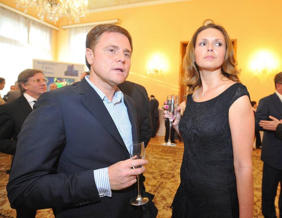 Ольга Груздева с Владимиром Груздевым. Фото © ТАСС / Станислав Красильников