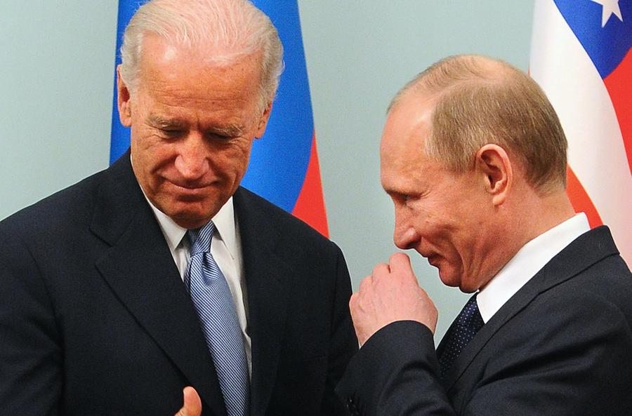<p>Президент США Джо Байден и президент РФ Владимир Путин. Фото © ИТАР-ТАСС / Валерий Шарифулин</p>