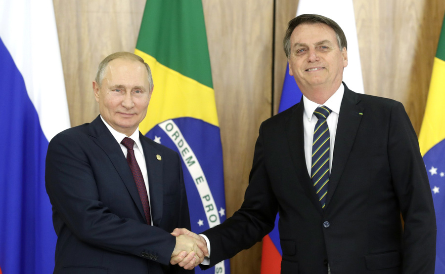 <p>Президент РФ Владимир Путин и президент Бразилии Жаир Болсонару. Фото © Kremlin</p>