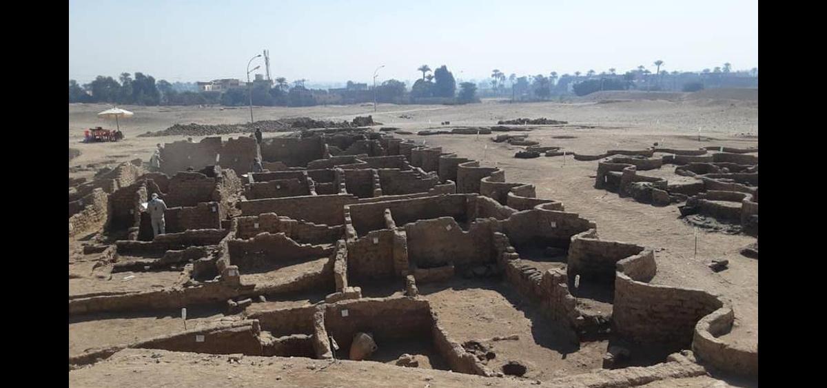 238304458225.37497 В Египте обнаружили огромный затерянный город возрастом более 3 000 лет