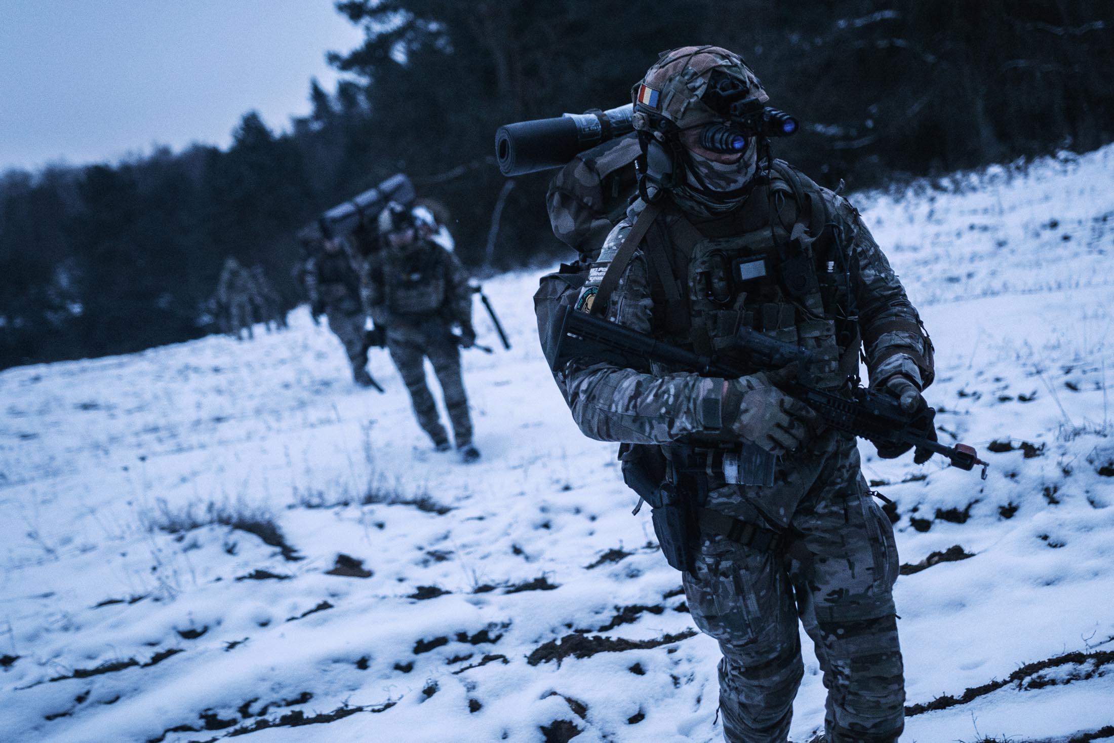 Извините, мы отступаем: Генерал СБУ предупредил Киев об опасности потерять восток страны из-за НАТО