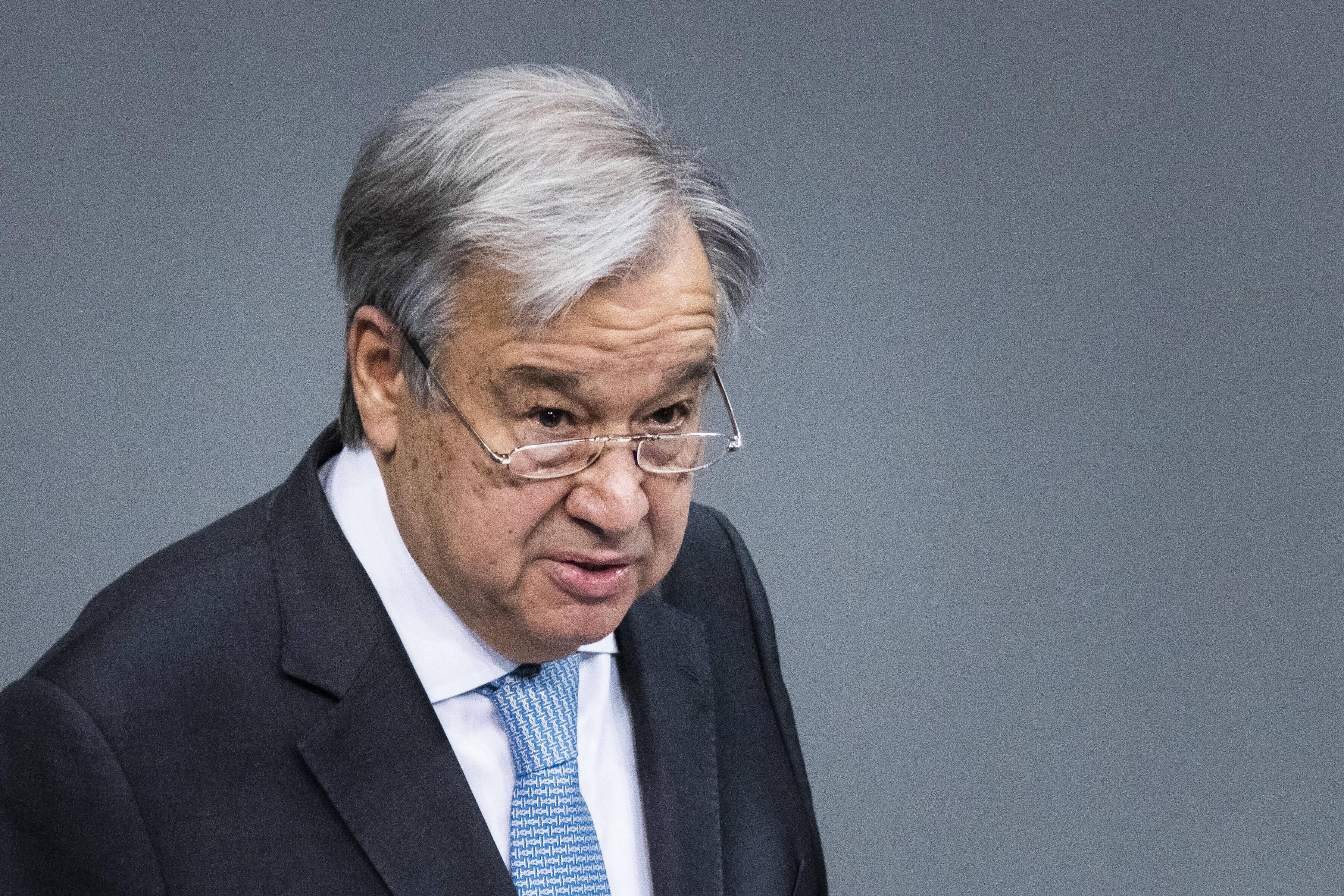 Генсек ООН выразил соболезнования в связи с гибелью детей при стрельбе в казанской гимназии