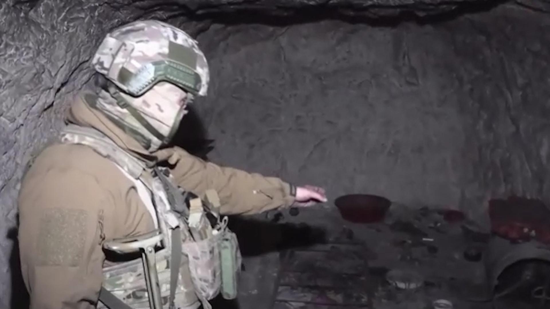 Российские сапёры взорвали пещеру с командным пунктом боевиков в Сирии