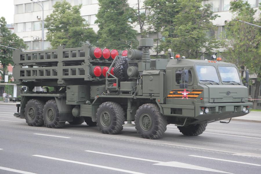 """<p>ЗРС средней дальности нового поколения С-350 """"Витязь"""". Фото © ТАСС / Ладислав Карпов</p>"""