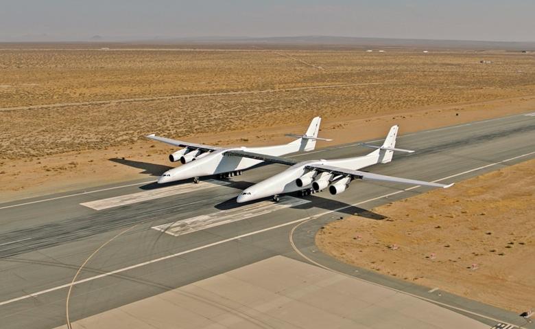 Самолёт StratoLaunch. Фото © Stratolaunch Systems