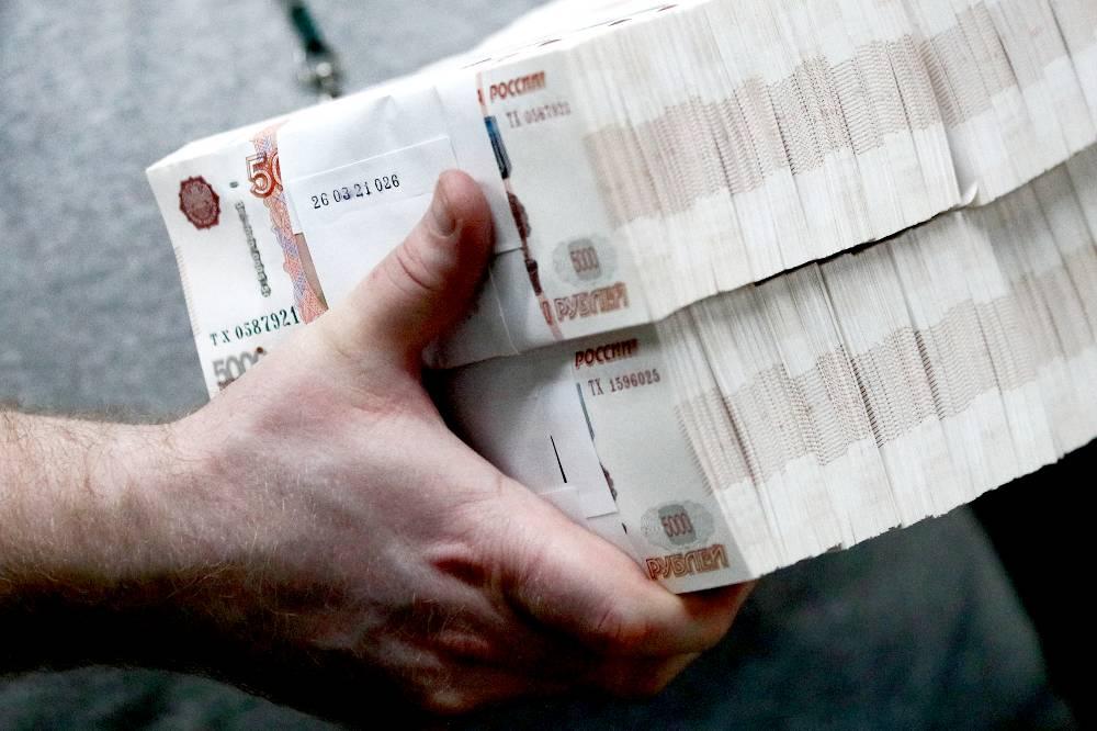 Более миллиона российских компаний получили более 90 млрд рублей грантов во время пандемии
