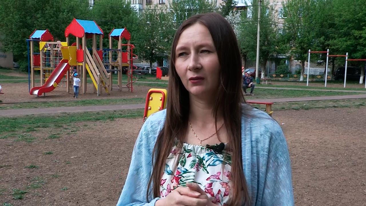 """""""Мама в слезах позвонила"""": Дочь работника школы в Казани рассказала, как отец чудом выжил после контрольного выстрела в голову"""