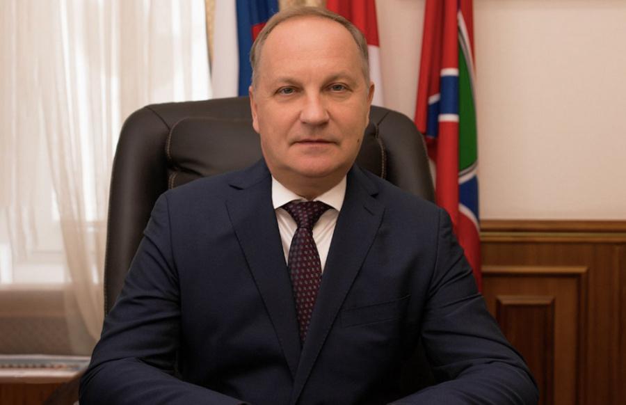 "<p>Олег Гуменюк. Фото © Facebook / <a href=""https://www.facebook.com/admvlc/photos/1991217841033870"" target=""_blank"" rel=""noopener noreferrer"">Администрация Владивостока</a></p>"