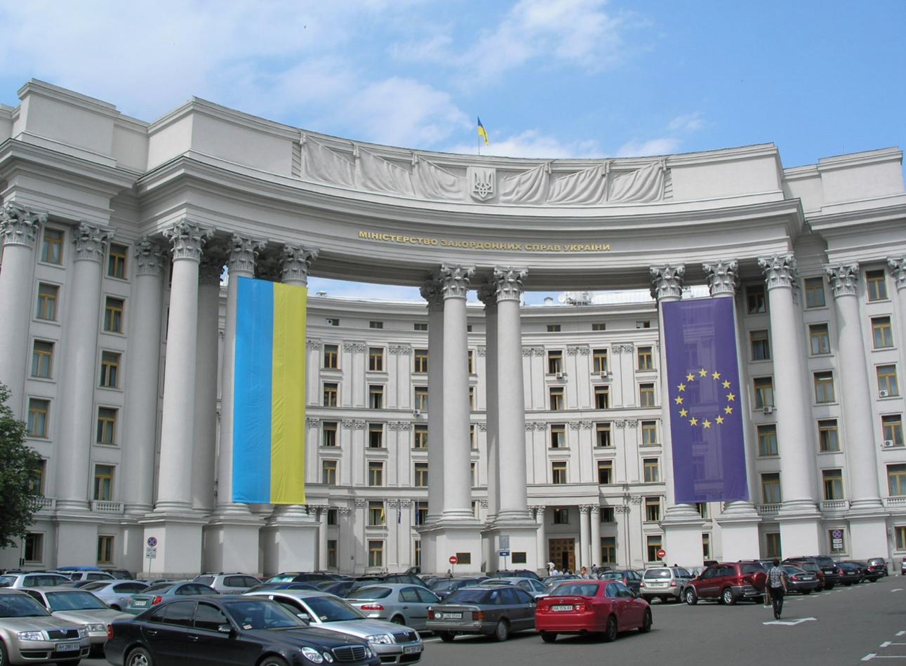 МИД Украины пожаловался на трудности с согласованием встречи Путина и Зеленского