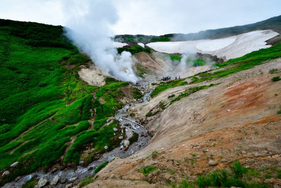 <p>Малая долина гейзеров на Камчатке. Фото © ТАСС / Юрий Смитюк</p>
