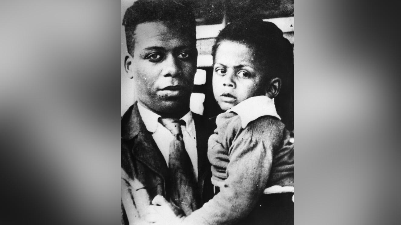 Ллойд Паттерсон и его сын Джим. Фото © Назад в СССР