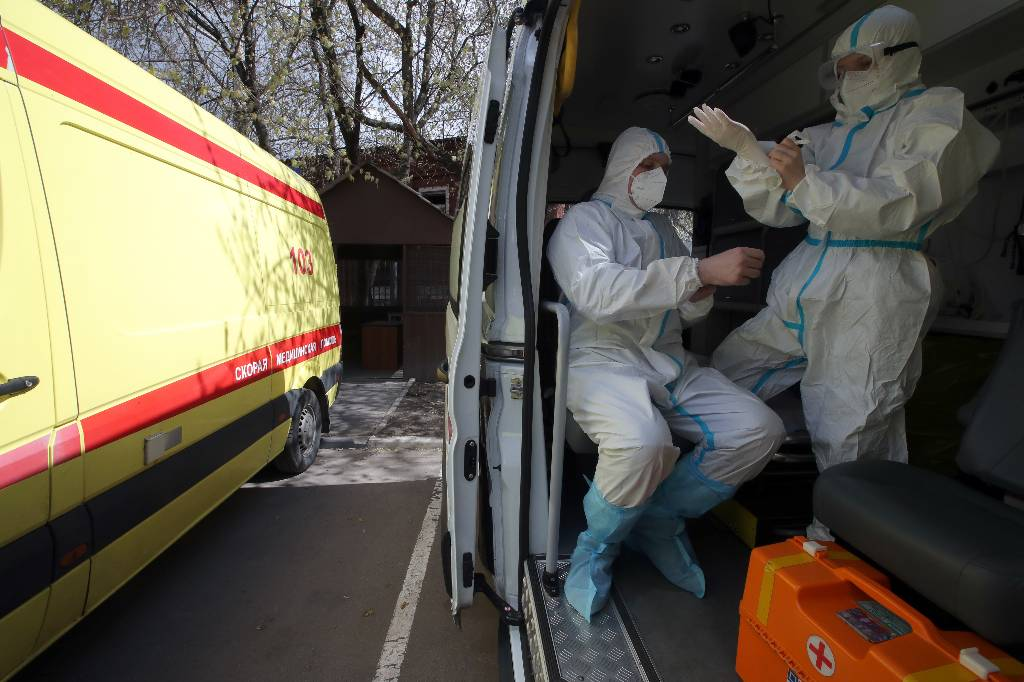 Мурашко рассказал, в каких регионах России улучшается ситуация с коронавирусом