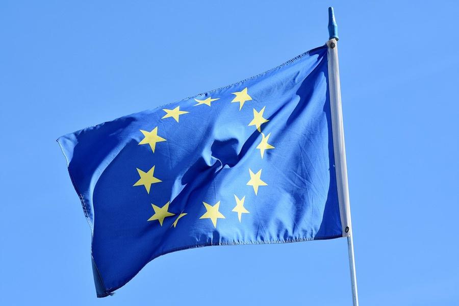 В ЕС заявили о намерении обсудить на саммите новые санкции против России