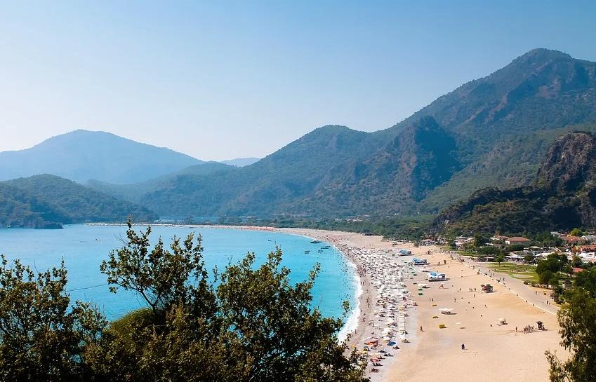 Власти Турции предложили России возобновить авиасообщение с популярными курортами