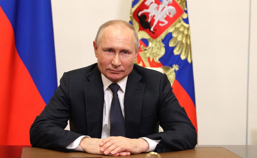 "<p>Фото © <a href=""http://kremlin.ru/events/president/news/65632/photos/65738"" target=""_blank"" rel=""noopener noreferrer"">Пресс-служба Кремля</a></p>"