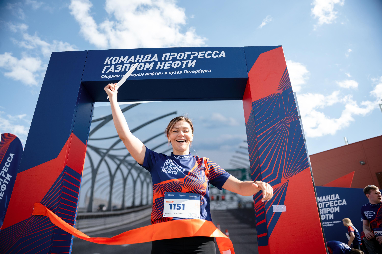 В Петербурге ко Дню города учёные устроили массовый забег