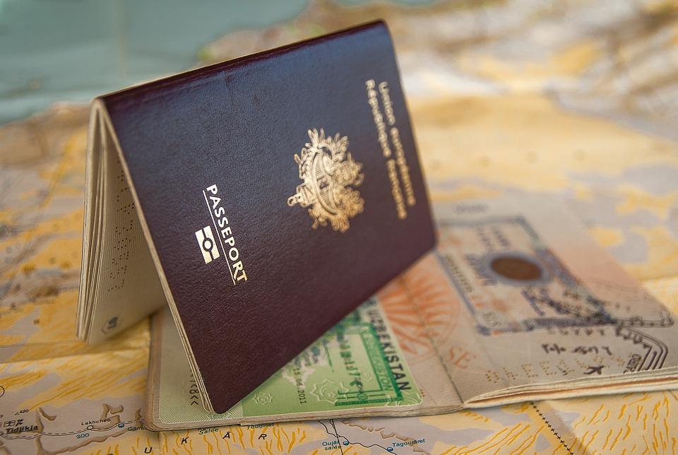 Названы страны Евросоюза, готовые выдать визы россиянам уже сейчас