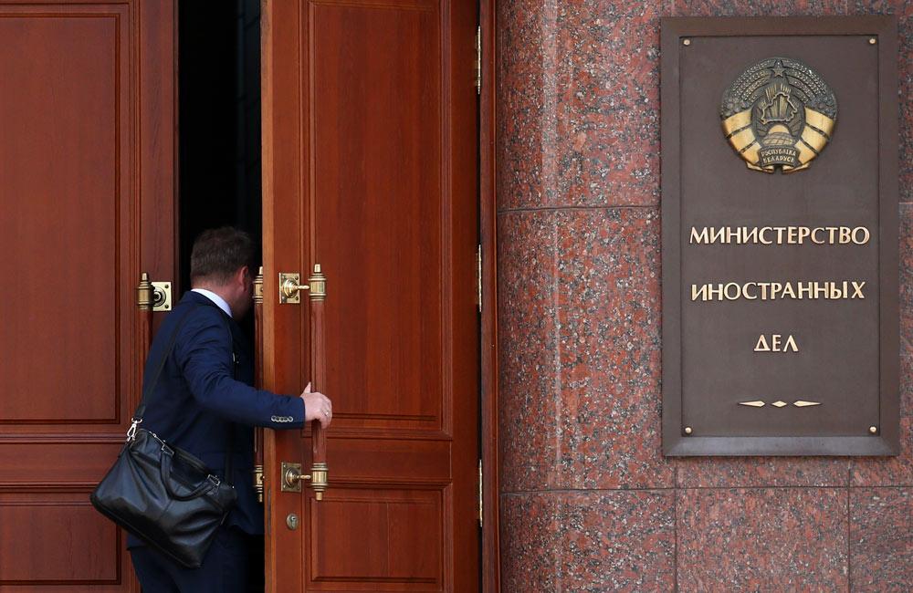 Посольство Белоруссии направило ноту протеста Украине из-за авиационной блокады республики