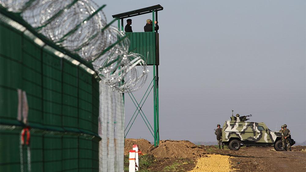 В ФСБ рассказали о строительстве Киевом стены на границе с Россией
