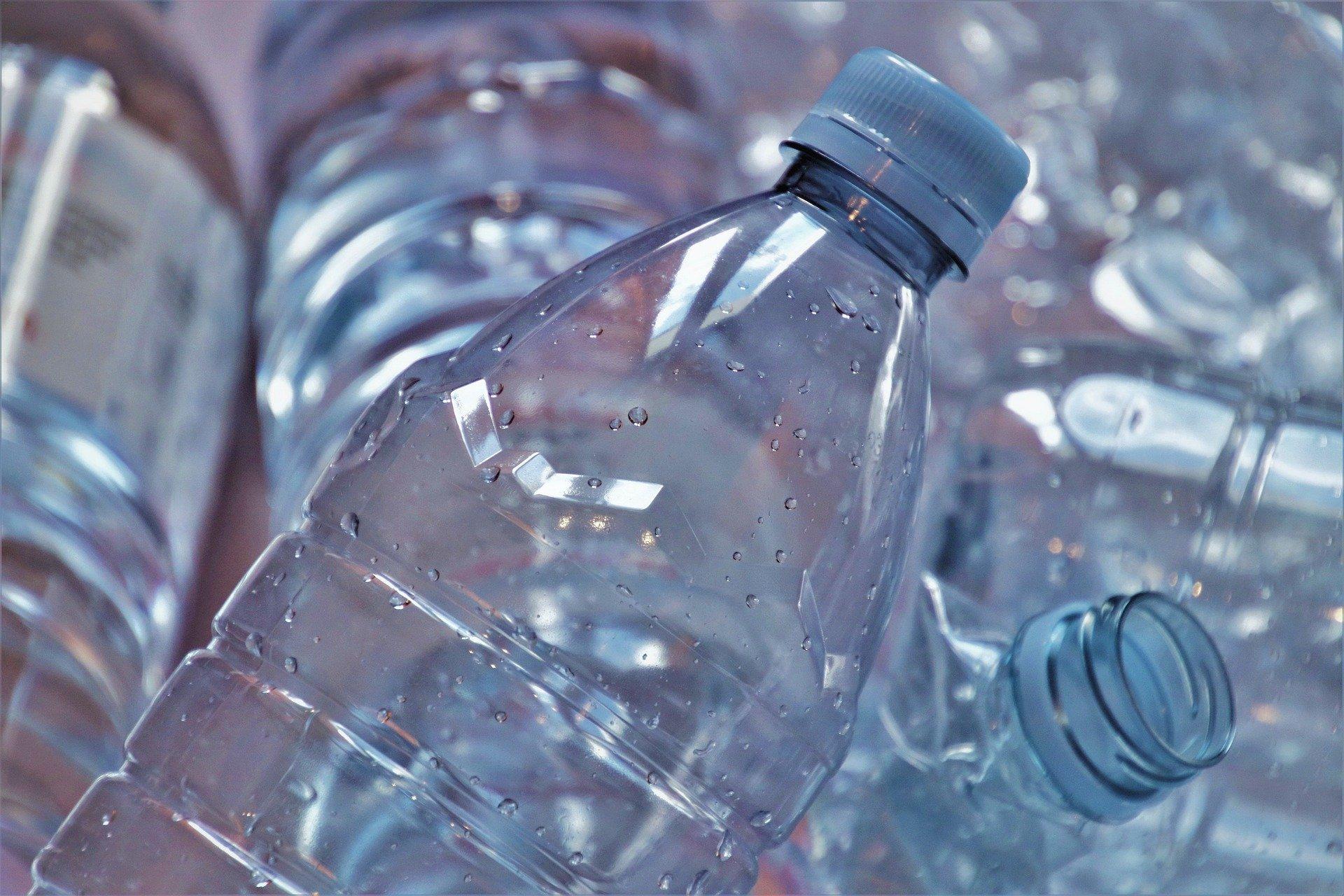 Отказаться от барства: Эколог рассказал, сколько времени потребуется на первый этап отказа от пластика