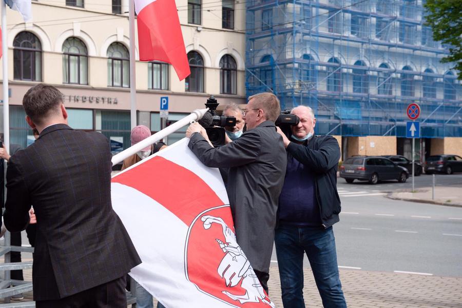 "<p>Фото © Соцсети / <a href=""https://twitter.com/edgarsrinkevics/status/1396819939818881026"" target=""_blank"" rel=""noopener noreferrer"">Edgars Rinkēvičs</a></p>"