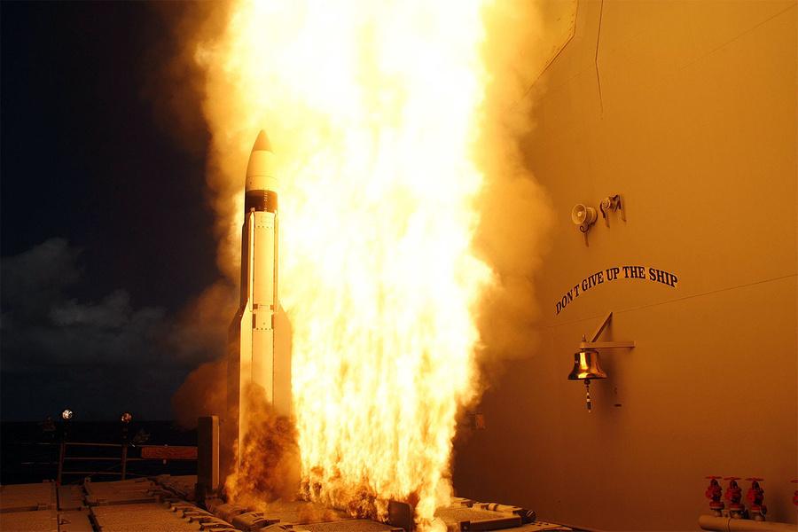 "<p>Фото: © <a href=""https://ru.wikipedia.org/wiki/SM-3#/media/File:USS_Lake_Erie_(CG-70)_SM-3_start.jpg"" target=""_blank"" rel=""noopener noreferrer"">Wikimedia Commons</a></p>"