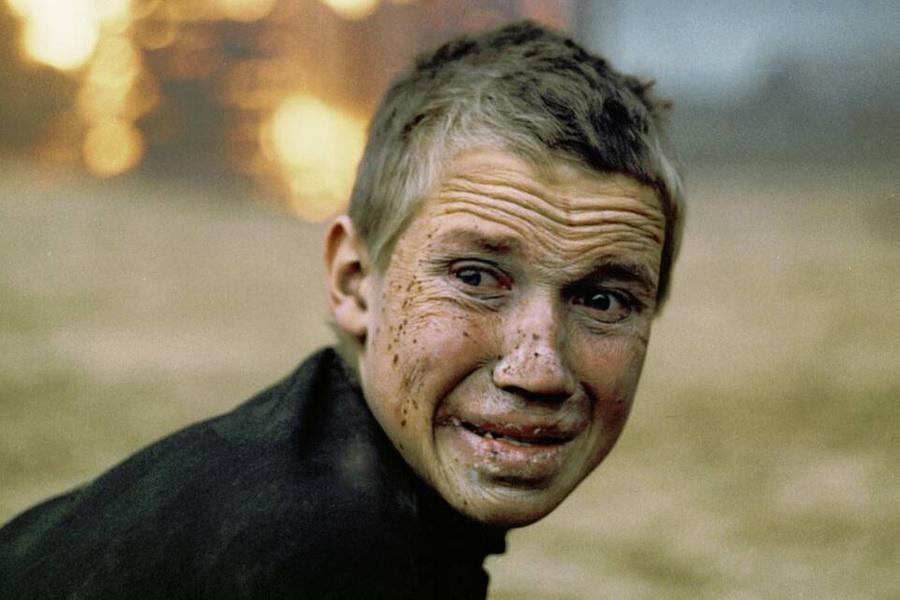 "<p>Кадр из фильма ""Иди и смотри"" © <a href=""https://www.kinopoisk.ru/film/42571/stills/"" target=""_blank"" rel=""noopener noreferrer"">Кинопоиск</a></p>"