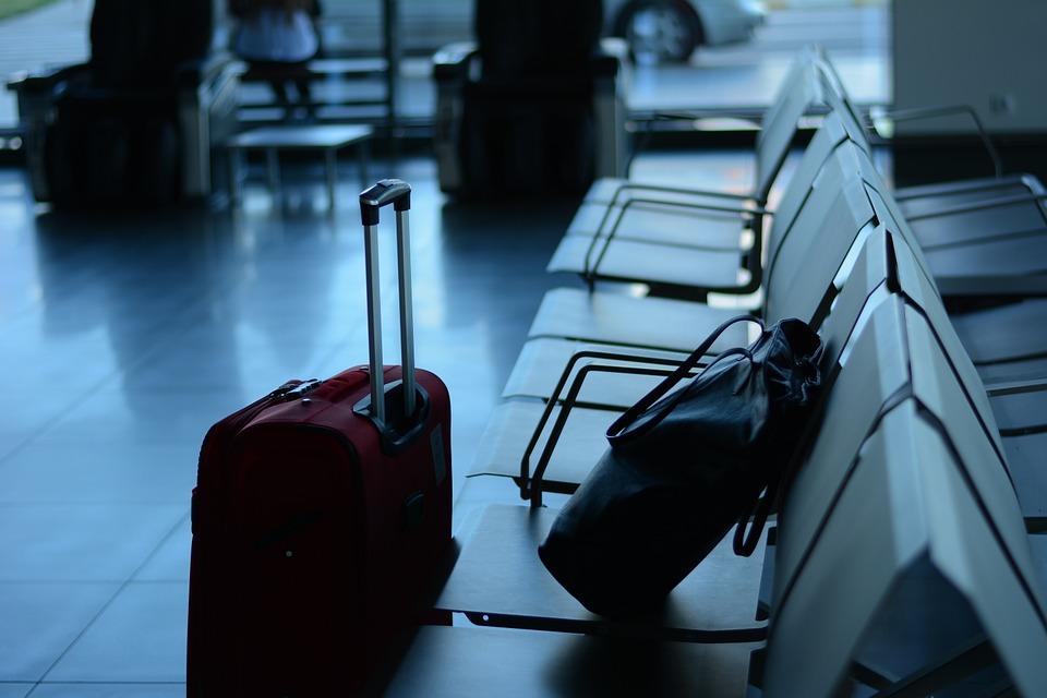 В Роспотребнадзоре оценили безопасность отпуска в Европе для привитых граждан