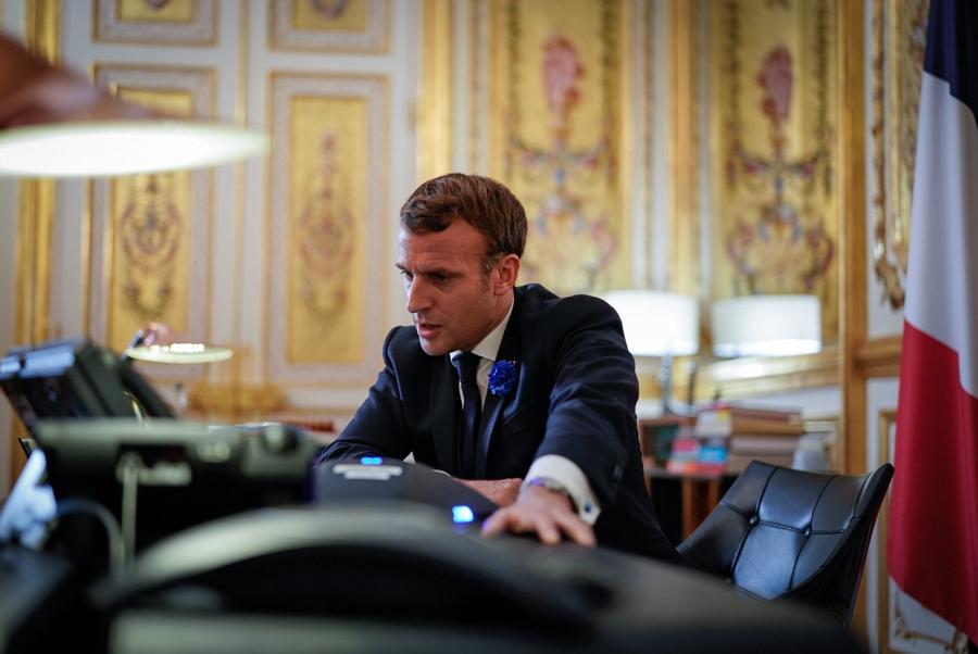 "<p>Фото © Twitter / <a href=""https://twitter.com/EmmanuelMacron/status/1326242485186781184/photo/1"" target=""_blank"" rel=""noopener noreferrer"">Emmanuel Macron</a></p>"