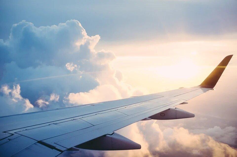 Самолёт российской делегации час кружил над Женевой из-за лайнера Байдена