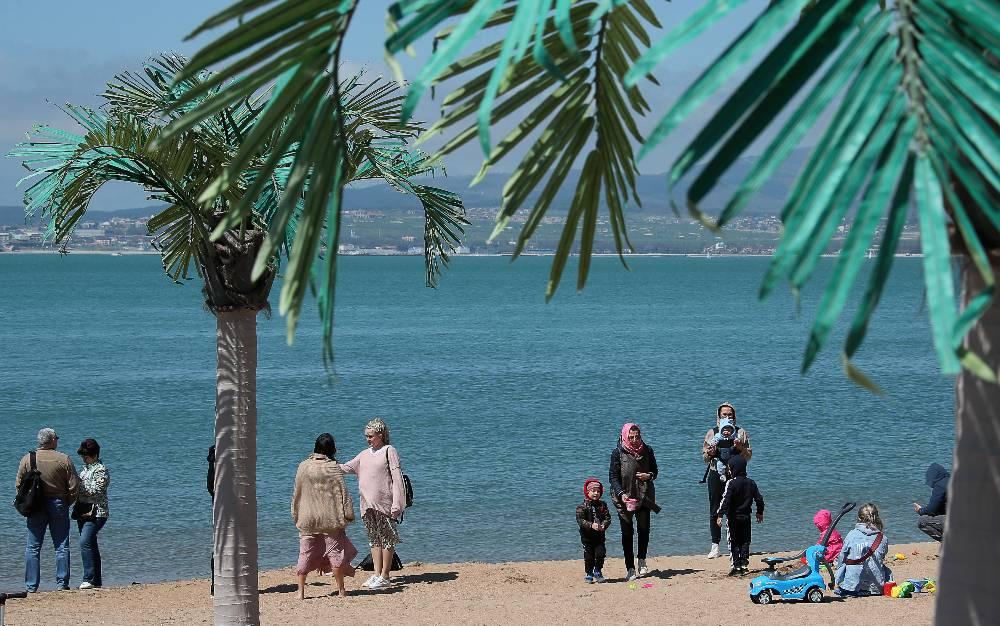 Морским воздухом не пахнет: Туристы рассказали, что творится на российских курортах в майские праздники