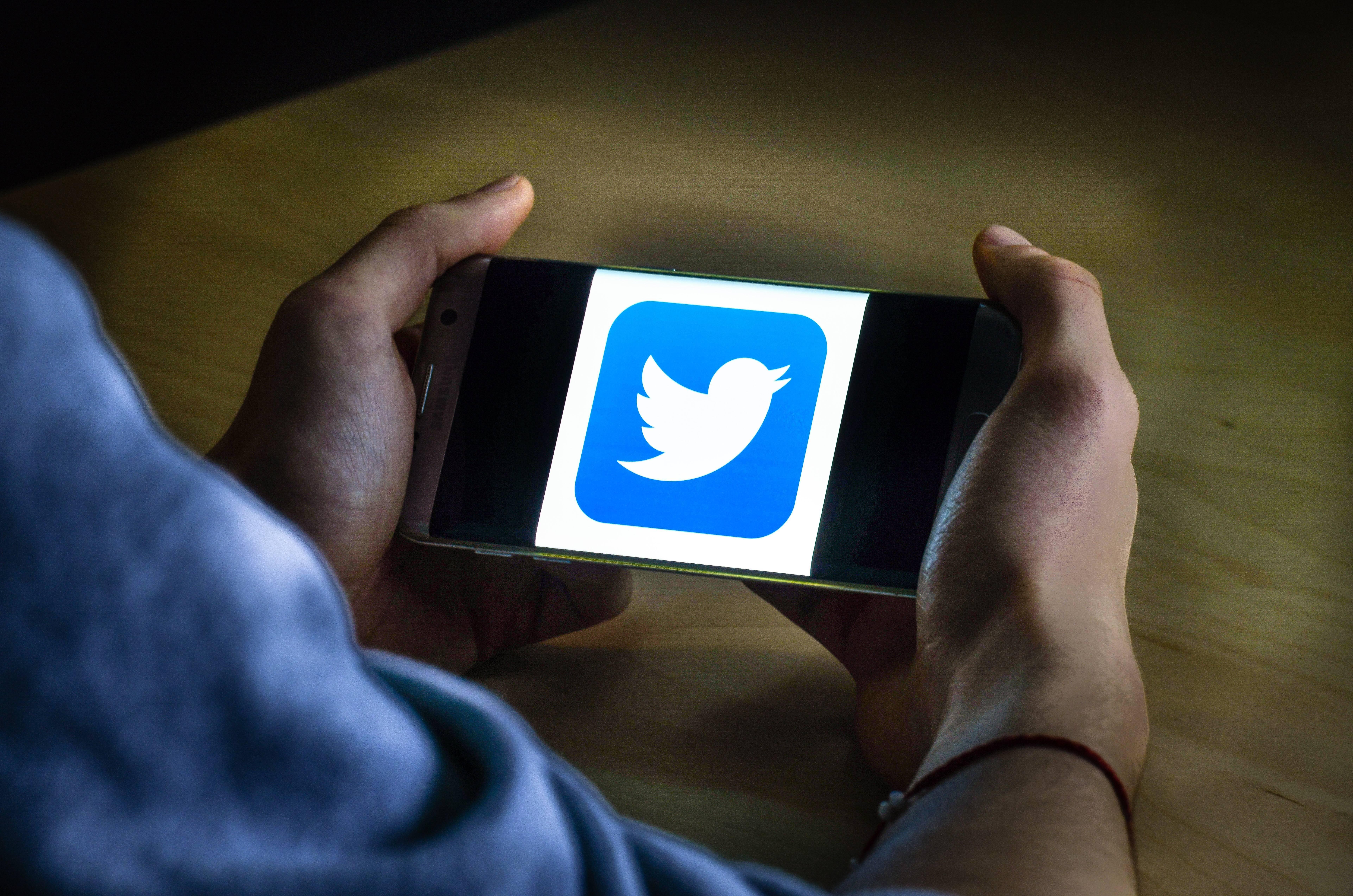 """В Twitter теперь можно оставлять """"чаевые"""" любимым авторам"""