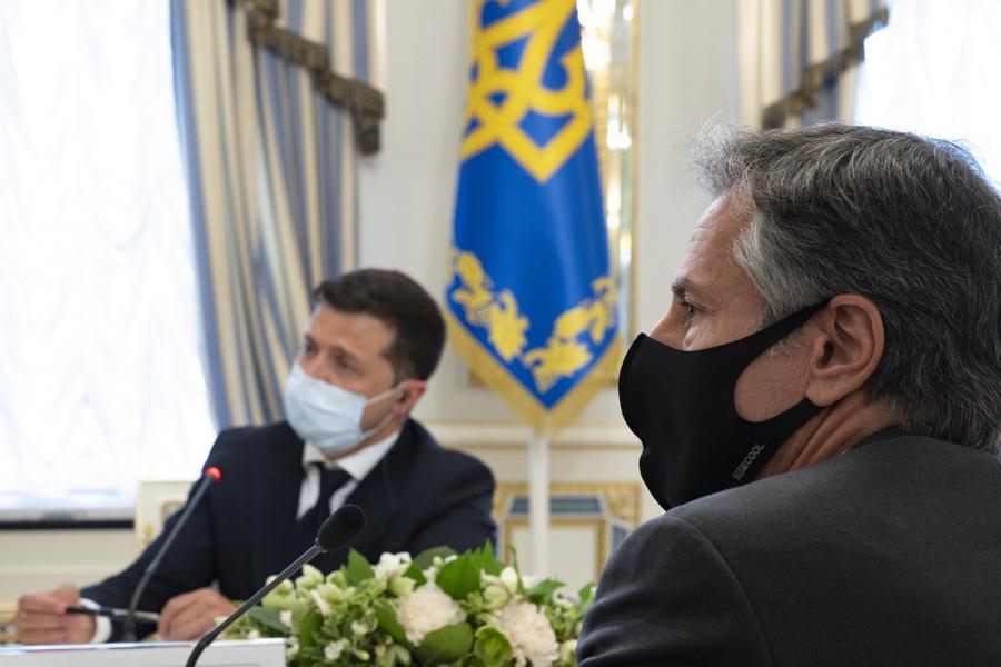 <p>Президент Украины Владимир Зеленский (слева) и госсекретарь США Энтони Блинкен (справа). Фото © Офис президента Украины</p>