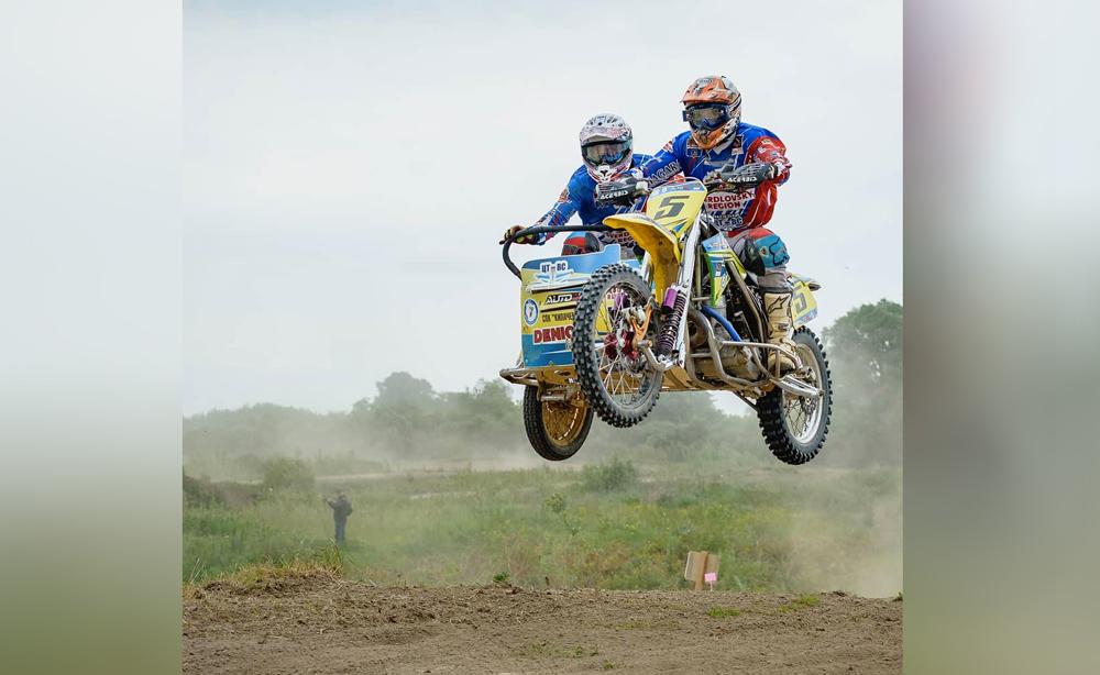 Роман Кох во время гонки. Фото © VK / Центр технических видов спорта Свердловской области