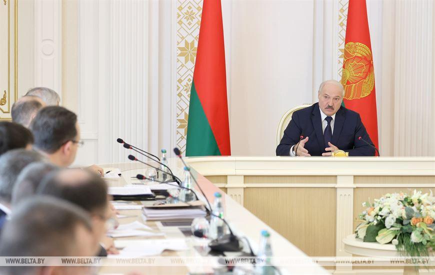 """<p>Фото © <a href=""""https://www.belta.by/president/view/ekonomika-naivazhnejshij-vopros-lukashenko-raskryl-podrobnosti-peregovorov-s-putinym-v-sochi-443945-2021/"""" target=""""_blank"""" rel=""""noopener noreferrer"""">БелТА</a></p>"""