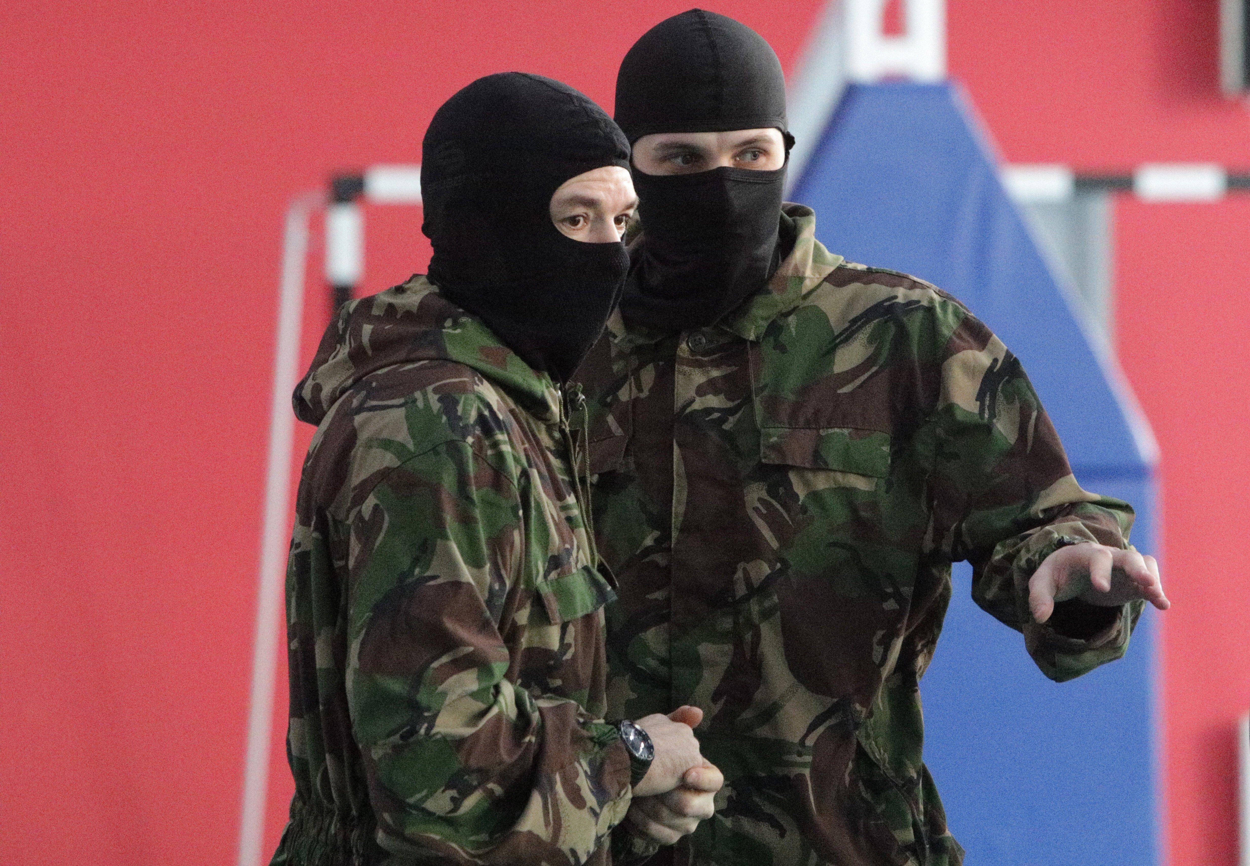 В России ввели штрафы до 200 тысяч рублей за распространение данных силовиков