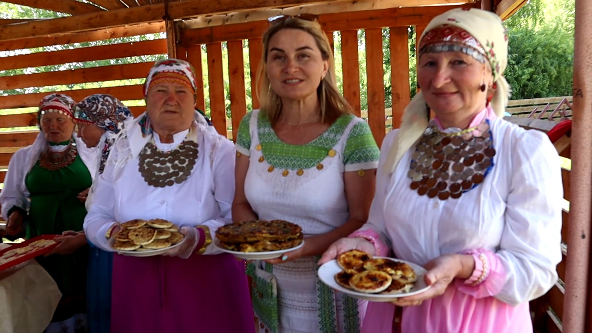 Активисты ОНФ в Удмуртии испекли пироги в рамках акции ко Дню России