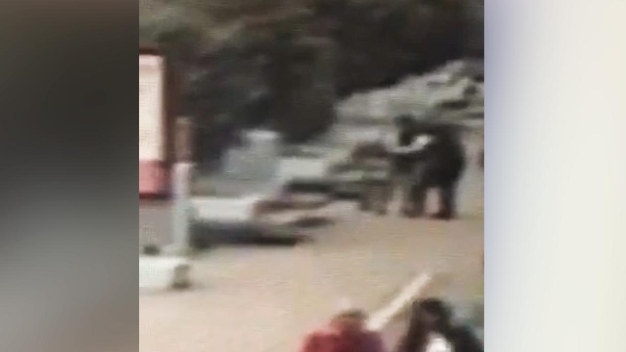 В Уфе камера сняла, как электросамокатчик сбил 84-летнего дедушку