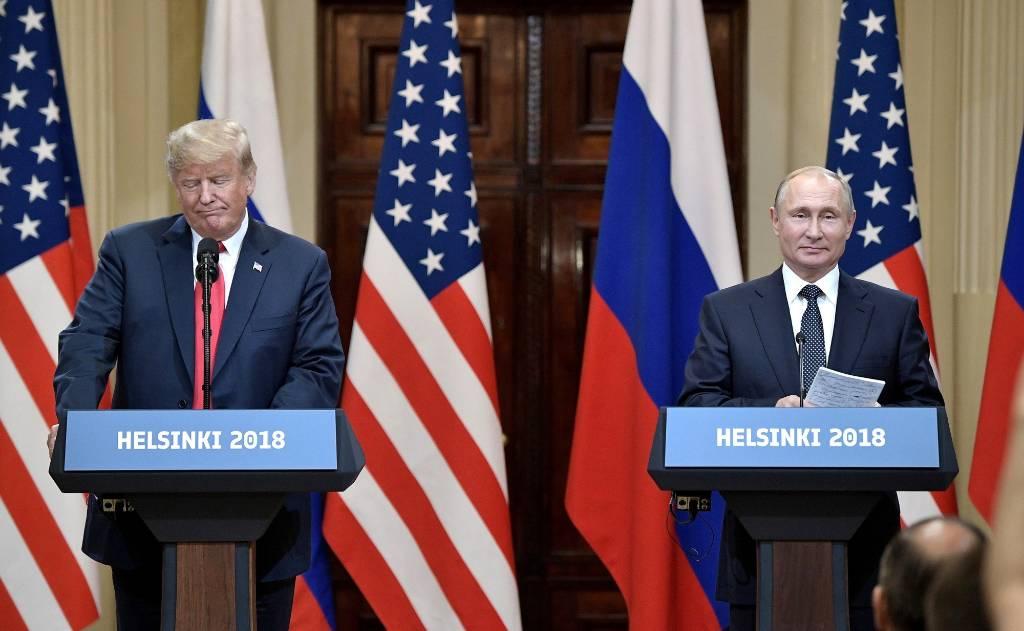 Ушаков объяснил, чем саммит Путина с Байденом отличается от встречи с Трампом
