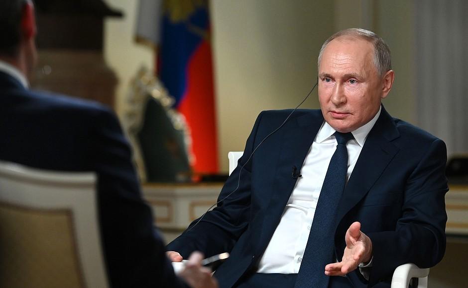"""Путин посоветовал США жаловаться """"в Международную лигу сексуальных реформ"""""""