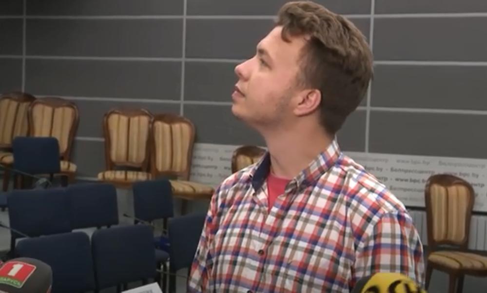 """""""Был просто фотографом"""": Протасевич ответил на вопрос, есть ли на его руках кровь жителей Донбасса"""
