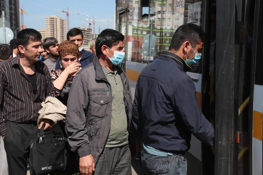 Путин продлил до конца сентября срок временного пребывания мигрантов
