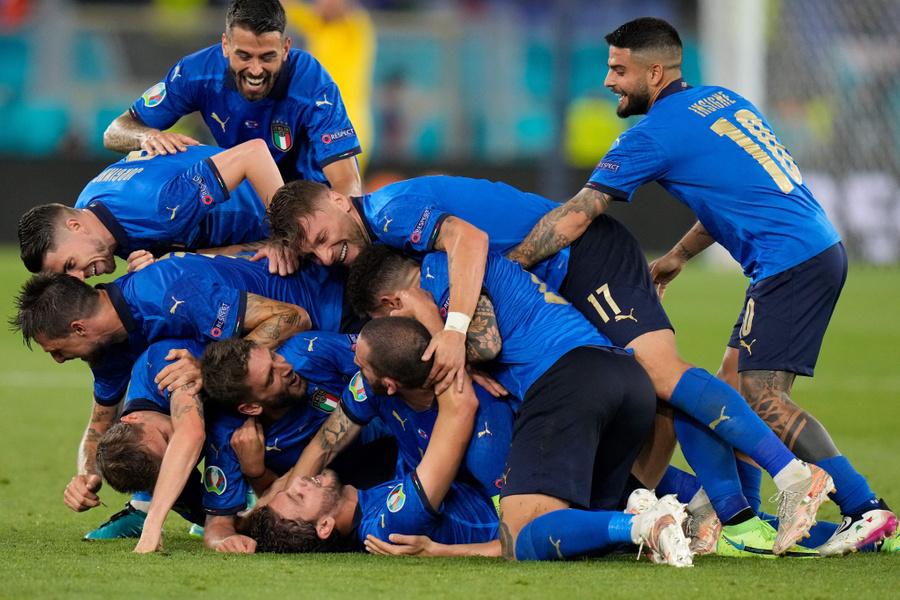 "<p>Фото © Twitter / <a href=""https://twitter.com/EURO2020/status/1405258613363548172/photo/1"" target=""_blank"" rel=""noopener noreferrer"">UEFA EURO 2020</a></p>"