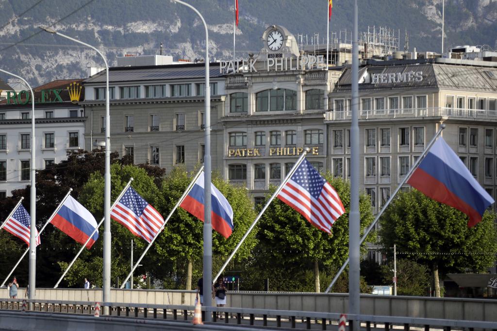 Пройдёт ни о чём: Астролог предсказал, какой будет встреча Байдена и Путина